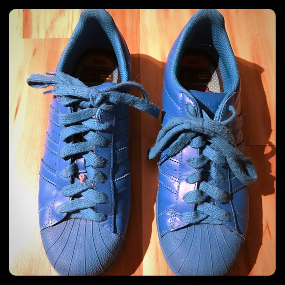 on sale 55f76 0a9fc ADIDAS Pharrell Equality Superstar Supercolor